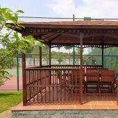 Nhà lều Thủy Tú gỗ dầu