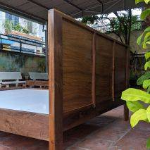 Giường Casa 1m6 gỗ óc chó