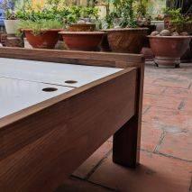 Giường Capri 1m6 gỗ óc chó