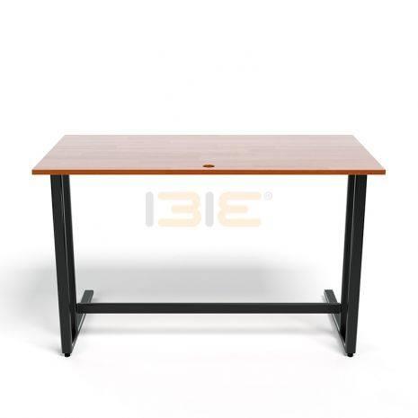 Bộ bàn Rec-U đen màu cánh gián và ghế Eames chân gỗ đen